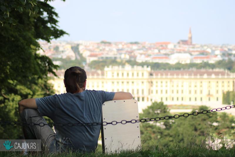 cajon kahon Schönbrunn